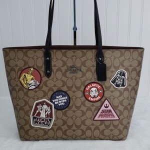Coach Star Wars Town Signature Patch Tote Bag